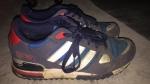 Getragene alte Sneakers